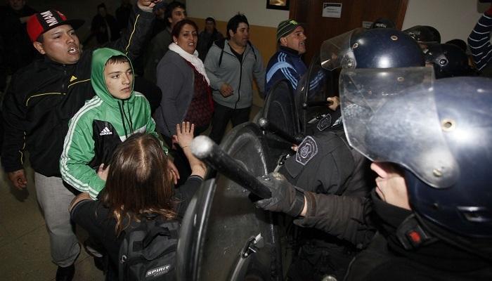 disturbios en el concejo 04