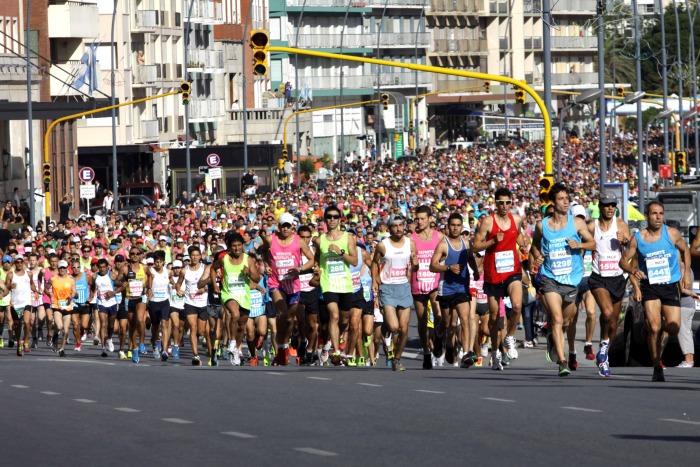 Se larga el multitudinario Maratón Ciudad de Mar del Plata