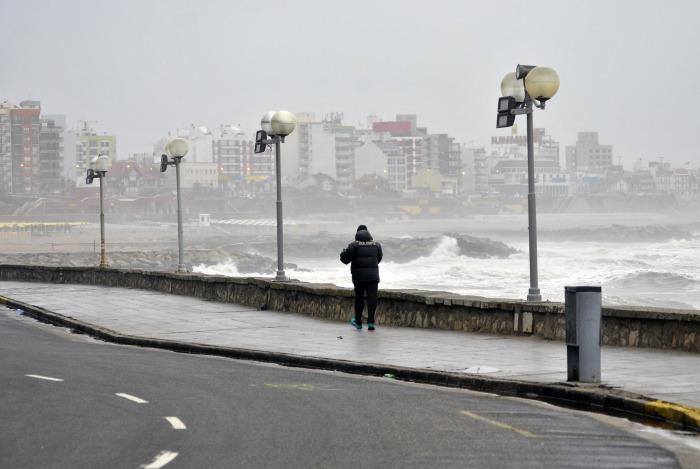 Advierten la presencia de fuertes vientos