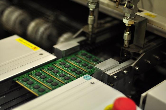 PCBOX 00 tecnologia