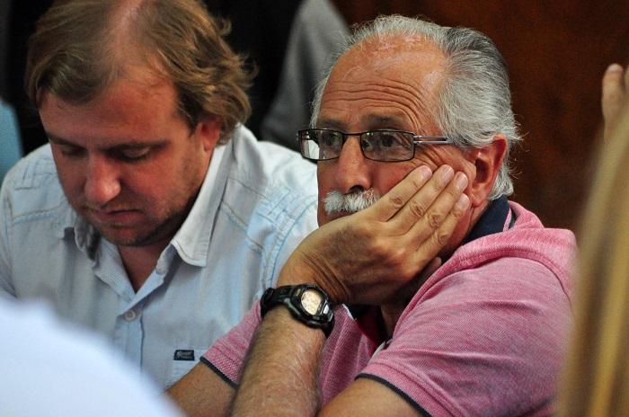 Por carta documento, Cano le pide explicaciones a Pulti