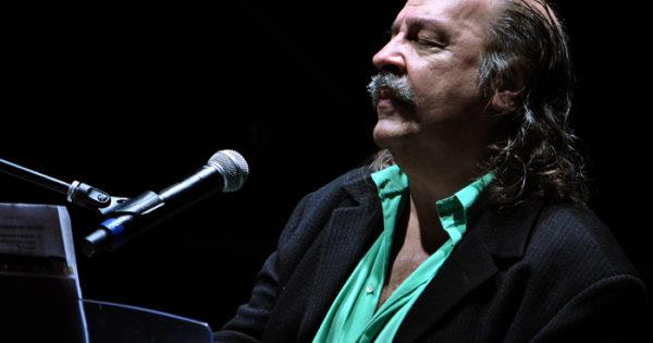 En La Balsa, Litto Nebbia vuelve a presentarse en Mar del Plata
