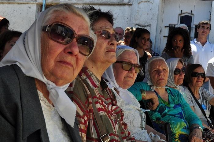 panteaon de la memoria abuelas de plaza de mayo