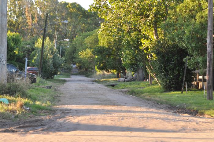 Barrio Alfar: unas 240 familias conviven con el agua contaminada