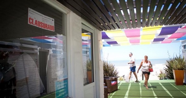 Después de la protesta, clausuraron el balneario Personal Beach