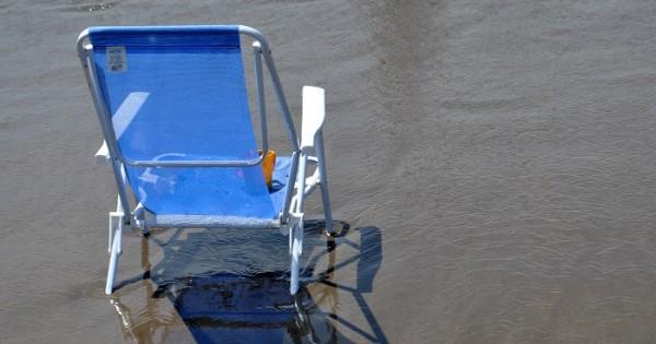 Para que las playas públicas dejen de ser negocio