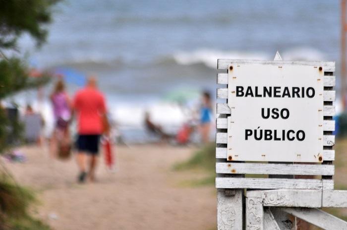 Ordenan a los balnearios que el acceso a las playas sea irrestricto