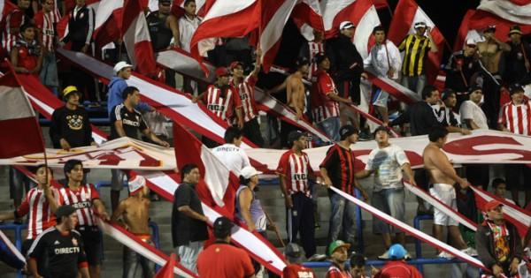 Estudiantes y Gimnasia cierran esta noche el fútbol de verano