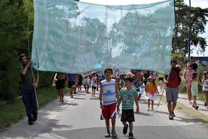 Preparan la sexta marcha por las playas públicas