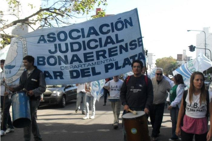 Judiciales se suman el martes al paro y la movilización de ATE