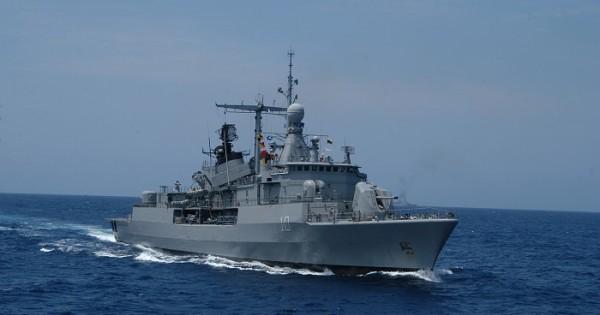 Buque hundido: envían refuerzos de la Armada