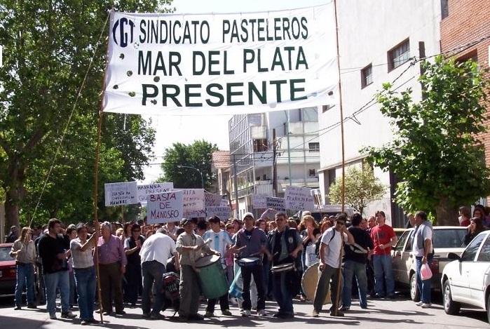 Pasteleros exige un aumento salarial del 40% y prepara protestas