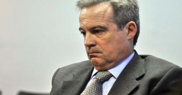Denuncian al fiscal general por crímenes de lesa humanidad