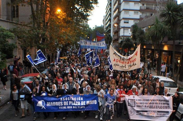 """Por un 24 de marzo """"masivo, unitario, plural y democrático"""""""