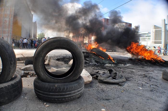 Puerto: obreros reclaman trabajo y registración