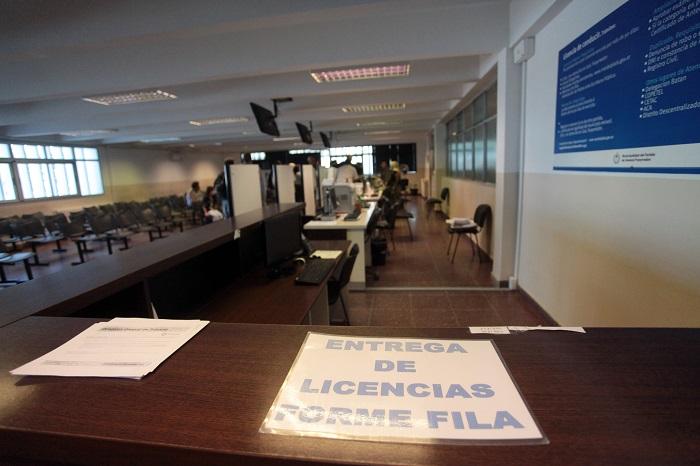 Licencias de conducir: anuncios en el centro de la polémica