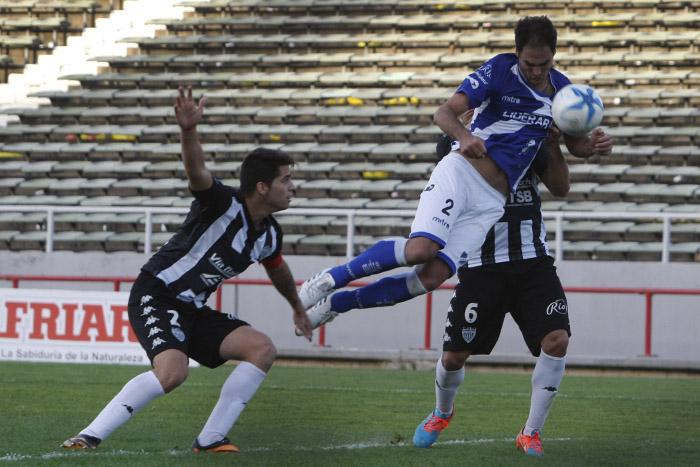 Alvarado no pudo hacer fútbol