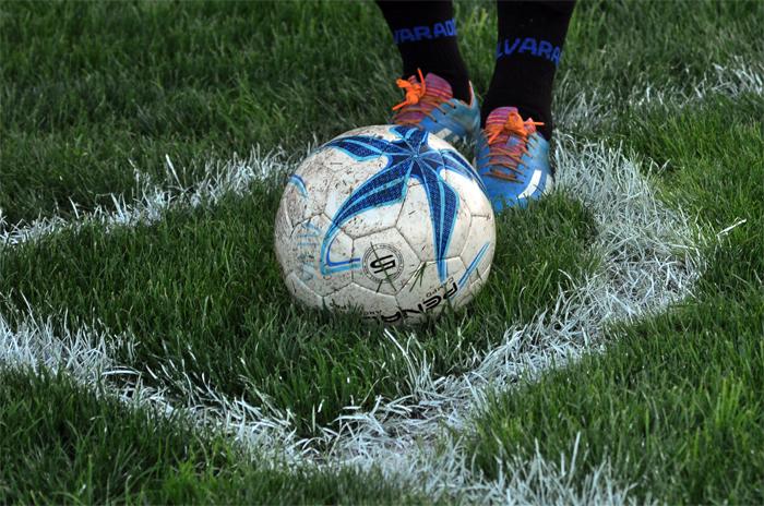 Alvarado hizo fútbol en el Minella