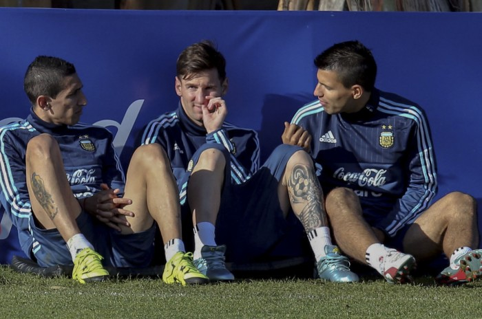 Argentina quiere cerrar el grupo arriba