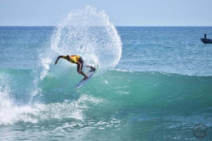 El surf argentino y otro podio