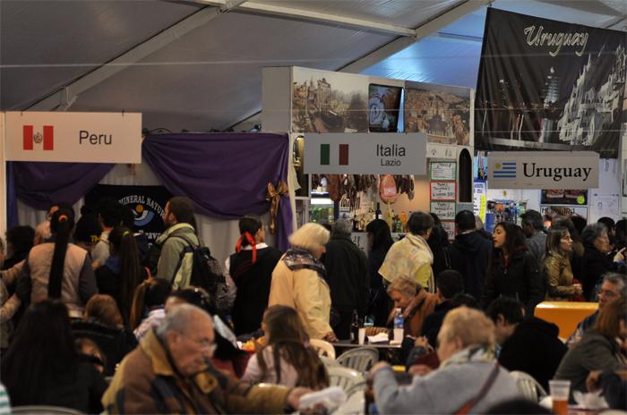 Vacaciones de invierno: se inauguró la Feria de las Colectividades