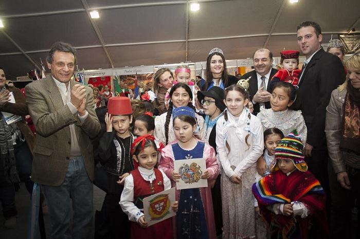Vacaciones de invierno: abrió la Feria de las Colectividades