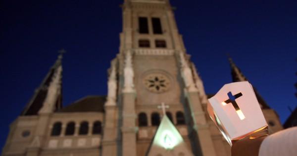 Abuso sexual infantil: la Catedral rezó por Analía Schwartz