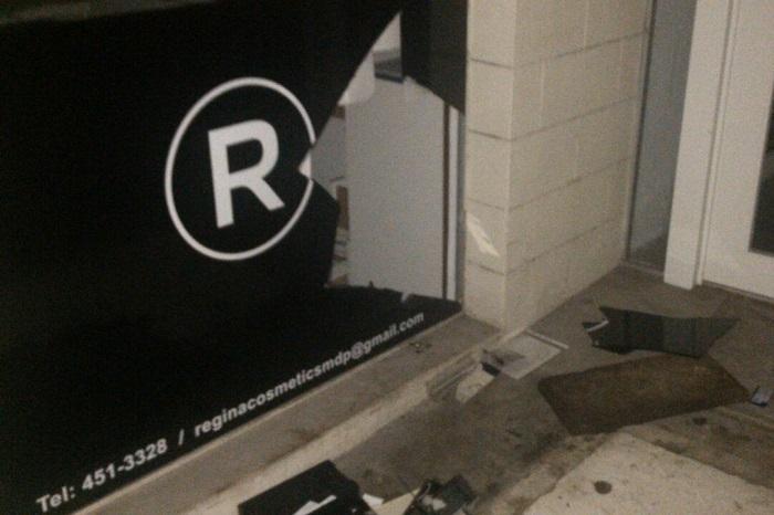 Rompió una vidriera y lo detuvieron mientras robaba mercadería