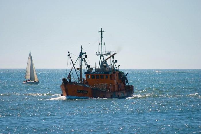 Armadores costeros amenazan con paralizar la flota