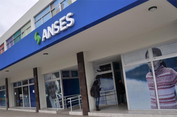 Paro en las oficinas de Anses por cinco despidos en la ciudad