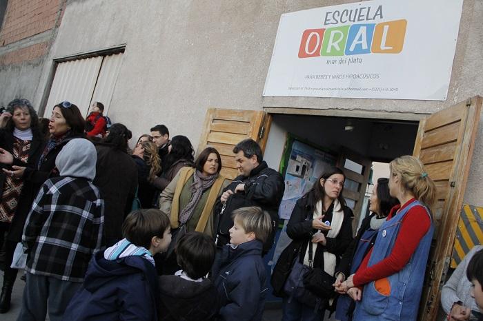 """La Escuela Oral, en crisis y sin ayuda: """"Estamos desesperados"""""""