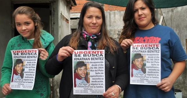 """Caso Jonathan Benítez: """"Hoy nadie lo busca, solo su familia"""""""