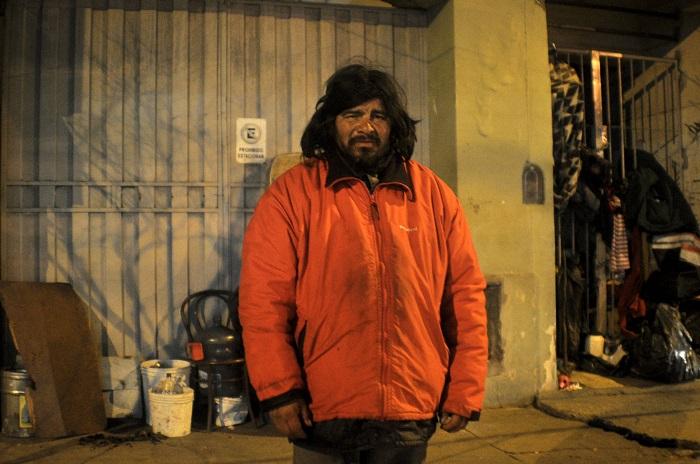 Destino, la calle: sobrevivir en la indigencia frente a la Terminal