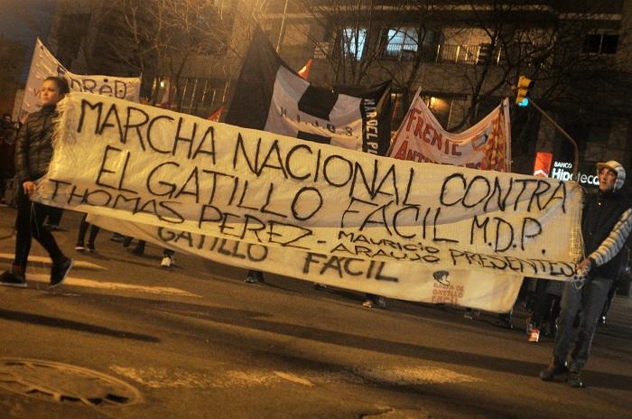 Gatillo fácil: marcha, dolor y repudio a la represión policial