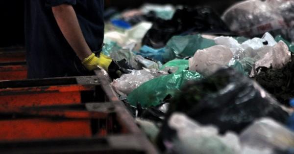 """Parque Industrial: CURA, con """"potestad exclusiva"""" de los residuos"""