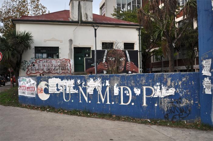 """Educación popular: de la universidad al """"Barrio adentro"""""""