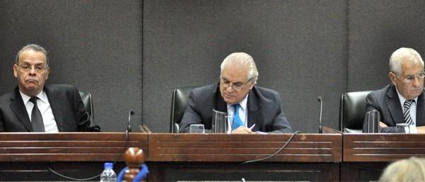 Juicio a la CNU: uno de los jueces presentó la renuncia