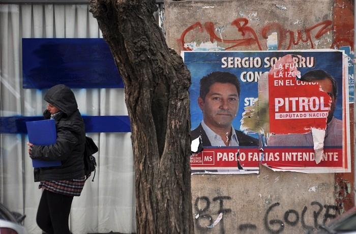 AFICHES POLITICOS  (10)