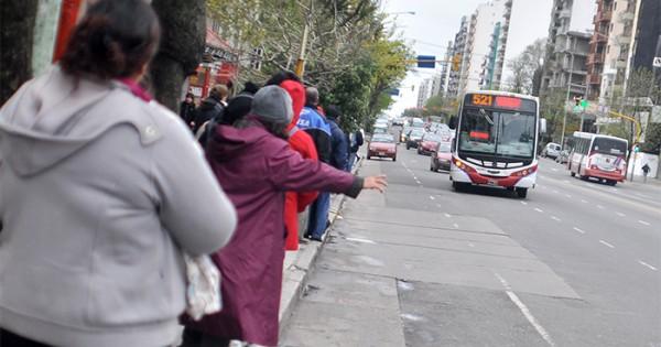Ballottage: por decreto, viajar en colectivo será gratis el domingo