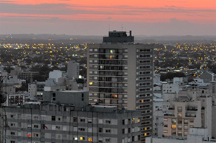Un invierno largo: 53 edificios siguen con el gas cortado