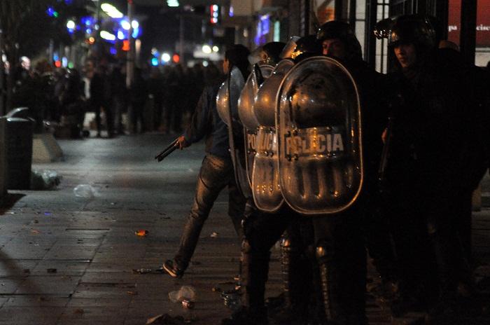 """Aníbal Fernández dijo que la represión fue """"una locura"""""""