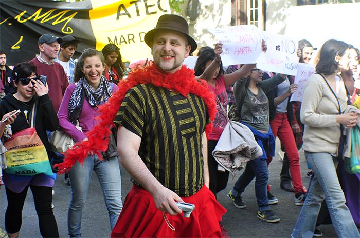 Activista LGBT denuncia haber sido amenazado de muerte