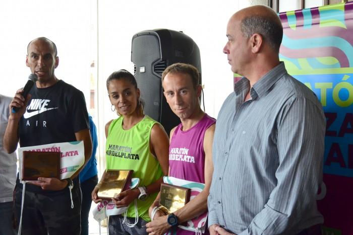 Foto MGP - Deporte Mar del Plata - Remeras Maraton 2015 - Malgor - Peralta - Mastromarino - Taccone