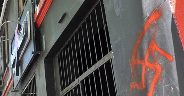 Ataque neonazi: amenazas y golpes en bar de activista LGBT