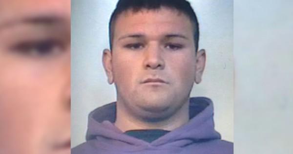 Buscan a joven prófugo acusado de atropellar a un policía