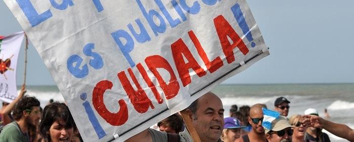Playas públicas: llega el verano, vuelven los reclamos