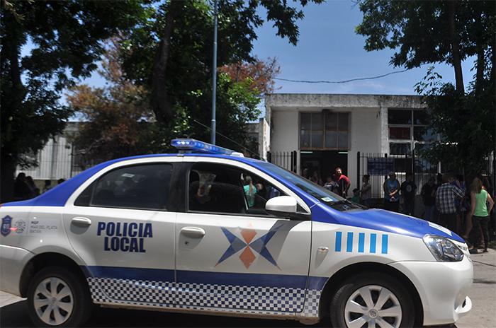"""Policía local: """"Cubrimos la entrada y salida de 150 escuelas"""""""