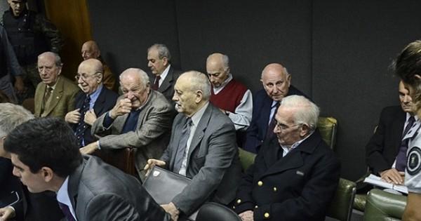 Base Naval: piden 11 perpetuas y 25 años para dos imputados
