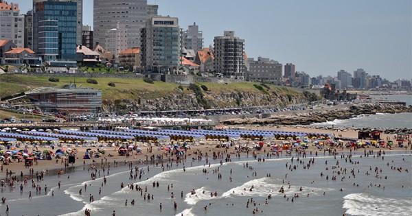 """Playas sin espacio: """"El accionar del Municipio sigue igual"""""""