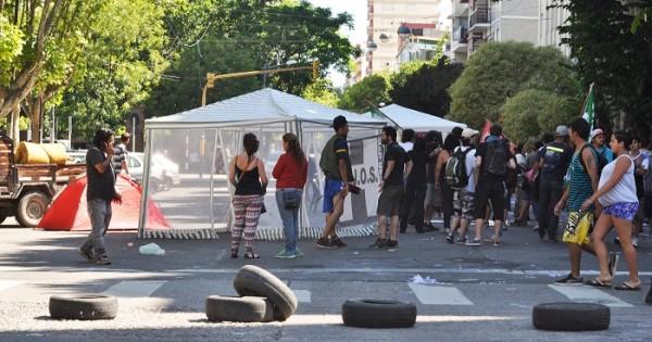 Cooperativas incrementaron la protesta en la Municipalidad